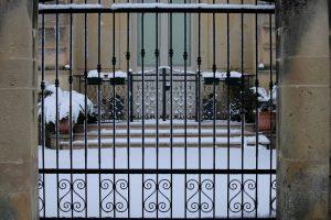 Read more about the article Pourquoi choisir l'aluminium pour son portail ?